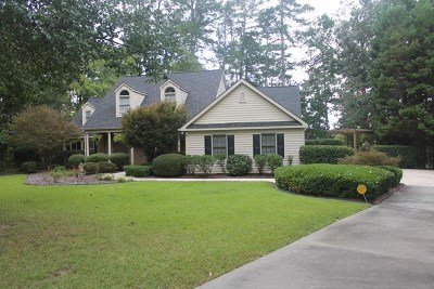 Single Family Home For Sale: 215 Devereaux Point