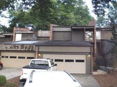 Martinez Attached For Sale: 3531 Gleneagles Drive