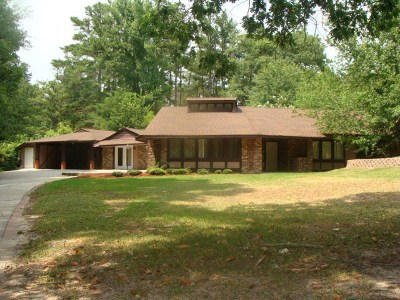 Columbia County Single Family Home For Sale: 639 Apostolic Drive