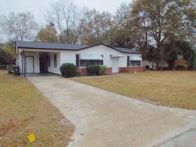 Richmond County Single Family Home For Sale: 3104 Abelia Drive