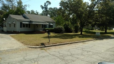 Waynesboro Single Family Home For Sale: 710 Tucker Avenue