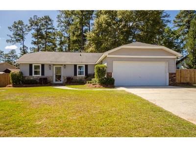 Martinez Single Family Home For Sale: 211 Oakridge Drive