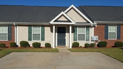 Columbia County Single Family Home For Sale: 408 Newhaven Court