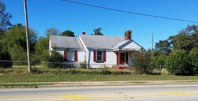 Waynesboro Single Family Home For Sale: 701 Tucker Avenue