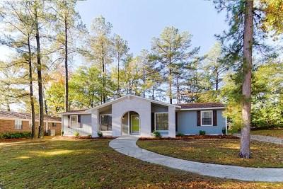 Martinez Single Family Home For Sale: 4440 Shadowood Drive