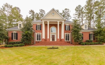 Single Family Home For Sale: 801 Shackleford Place