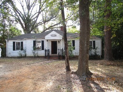 Richmond County Single Family Home For Sale: 909 Blue Bird