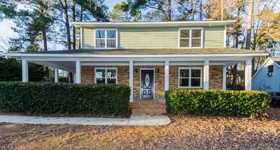 Martinez Single Family Home For Sale: 3829 Villa Lane