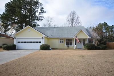 Martinez Single Family Home For Sale: 449 Amelia Drive E