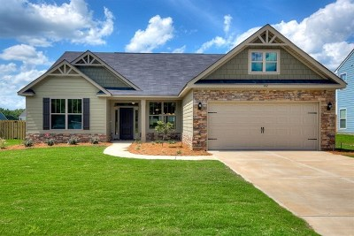 Richmond County Single Family Home For Sale: 936 Burlington Drive