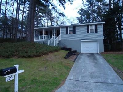 Martinez Single Family Home For Sale: 3776 Pine Ridge Run