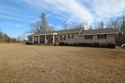Waynesboro Single Family Home For Sale: 3190 Highway 56