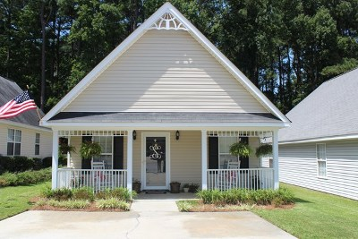 Single Family Home For Sale: 4541 Derryclare Lane