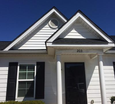 Augusta Single Family Home For Sale: 203 York Way