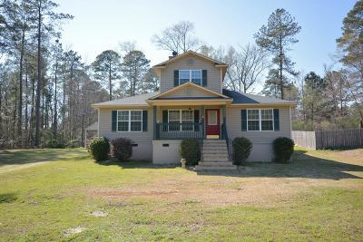 Columbia County Single Family Home For Sale: 6448 Carriage Lane