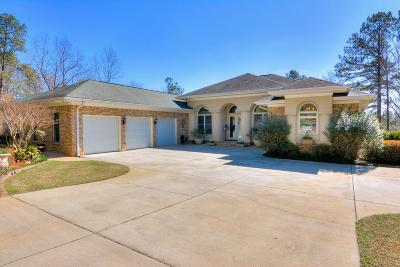 Single Family Home For Sale: 556 Laurel Lake Drive