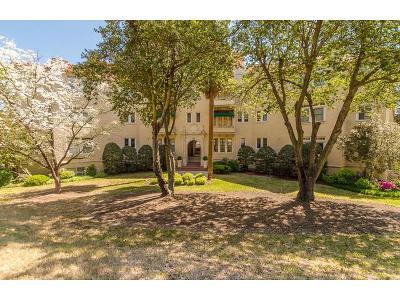 Augusta Single Family Home For Sale: 2068 Walton Way #202