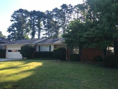 Martinez Single Family Home For Sale: 669 Clinton Way W
