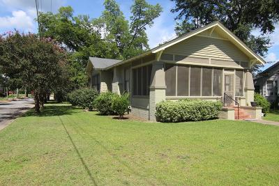 Waynesboro Single Family Home For Sale: 820 Academy Avenue