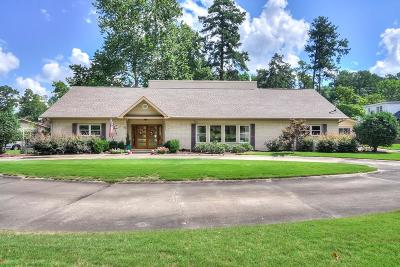Augusta Single Family Home For Sale: 817 Windsor Court