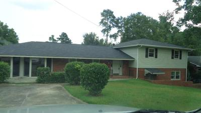 Richmond County Single Family Home For Sale: 908 Papaya Street