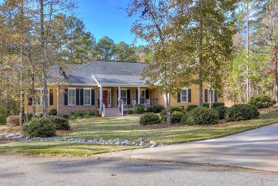Single Family Home For Sale: 717 Canterbury Lane