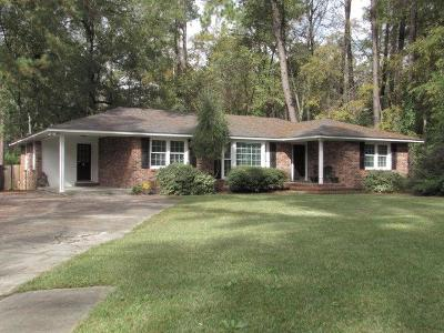 AUGUSTA Single Family Home For Sale: 2905 Stratford Drive