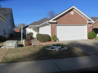 Columbia County Single Family Home For Sale: 208 Sarah Creek Court