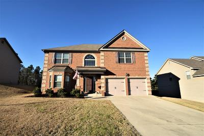 Single Family Home For Sale: 2046 Honors Circle