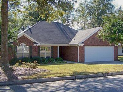 North Augusta Single Family Home For Sale: 592 Old Walnut Branch