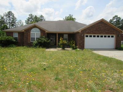Single Family Home For Sale: 1718 Deer Chase Lane