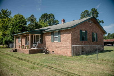 Columbia County Single Family Home For Sale: 215 Flowing Wells Road