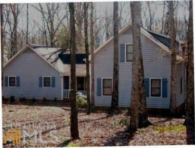 Single Family Home Sold: 545 Holly Hills Dr