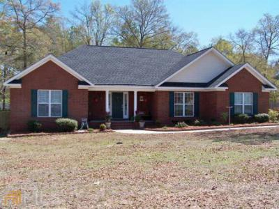 Single Family Home Sold: 128 Blue Ridge Dr