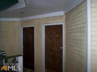 Clarkston Condo/Townhouse Under Contract: 712 Ridgecreek Dr