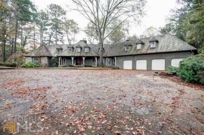 Kennesaw Single Family Home For Sale: 3949 Paul Samuel Rd