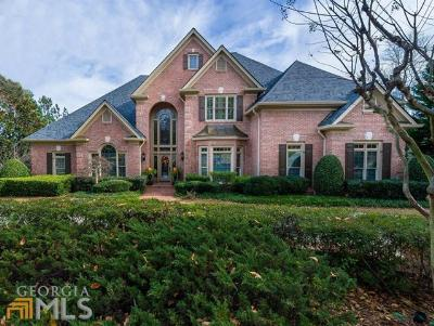 Alpharetta, Duluth, Johns Creek, Suwanee Single Family Home For Sale: 6120 Laurel Oak Dr
