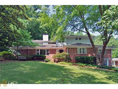 Sherwood Forest Single Family Home For Sale: 1678 Nottingham Way