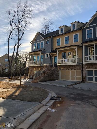 Milton Condo/Townhouse For Sale: 84 Green Rd #16