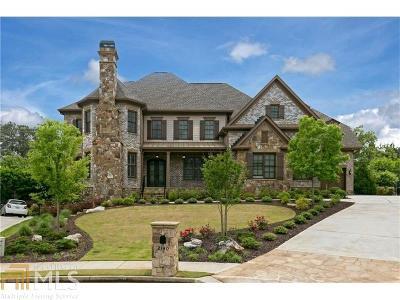 Marietta Single Family Home For Sale: 2140 Carlysle Croft Ct