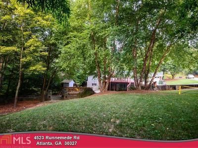 Fulton County Single Family Home For Sale: 4523 Runnemede