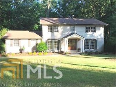 Fulton County Single Family Home For Sale: 805 Spalding Dr
