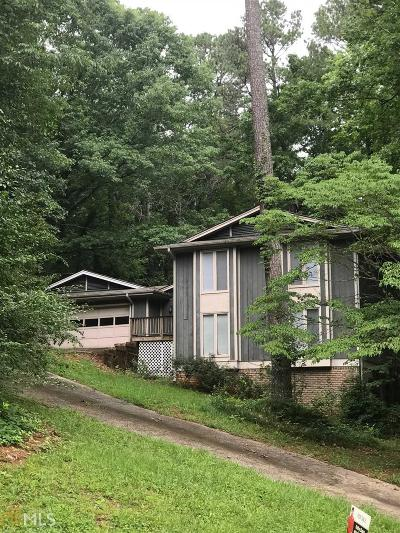 Stone Mountain Single Family Home For Sale: 5839 Musket