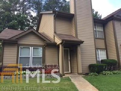 Fulton County Condo/Townhouse For Sale: 2560 Picardy Cir