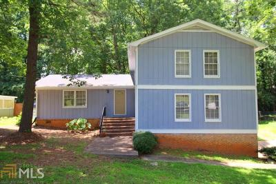 Dekalb County Single Family Home For Sale: 3315 Pointe Bleue Ct