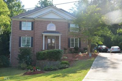 Lilburn Single Family Home For Sale: 1625 SW Pucketts Dr