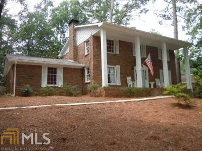 Fulton County Single Family Home For Sale: 375 Alpine Dr