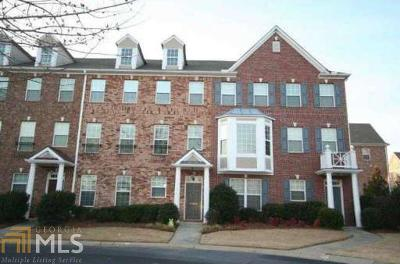 Fulton County Condo/Townhouse For Sale: 10527 Holliwell Ct