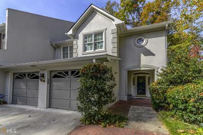 Fulton County Condo/Townhouse For Sale: 5718 NW Oak Lndg