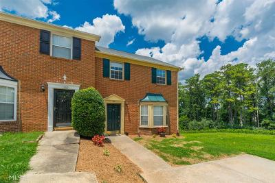 Marietta, Smyrna Condo/Townhouse For Sale: 1571 Paces Ferry North Dr